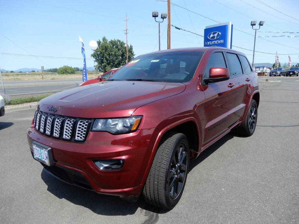 Pre Owned 2018 Jeep Grand Cherokee Laredo