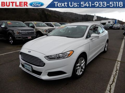 Pre-Owned 2016 Ford Fusion SE 4 Door Sedan