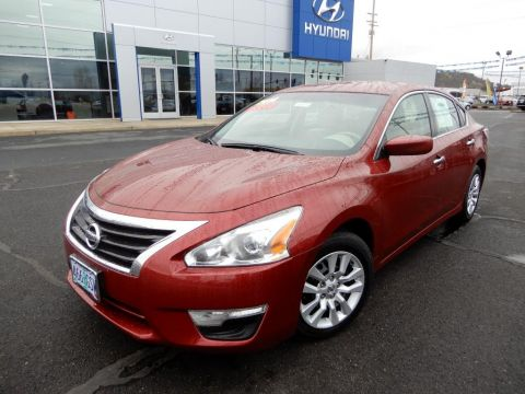 Pre-Owned 2014 Nissan Altima 2.5 S 4 Door Sedan